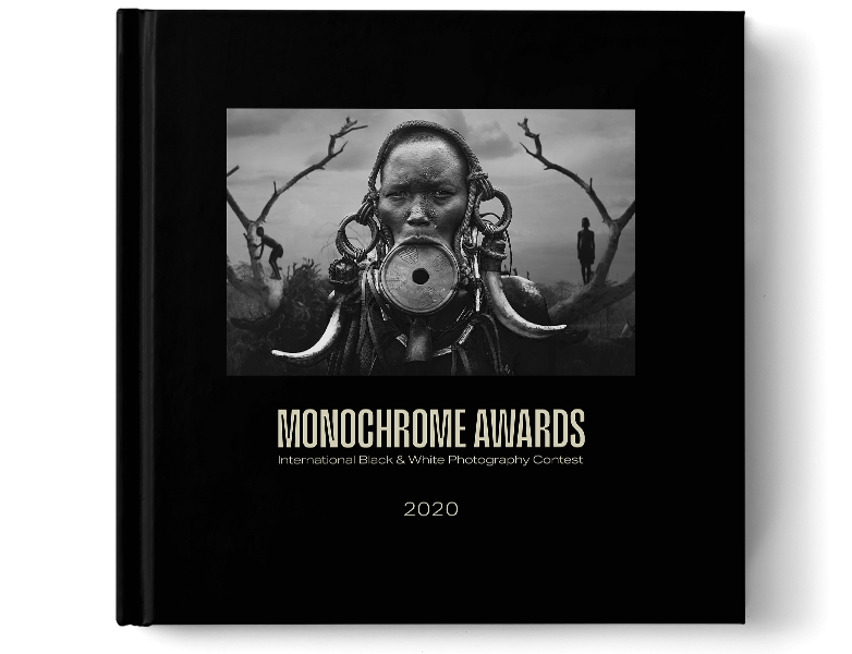MONOCHROME AWARDS ANNUAL BOOK 2020